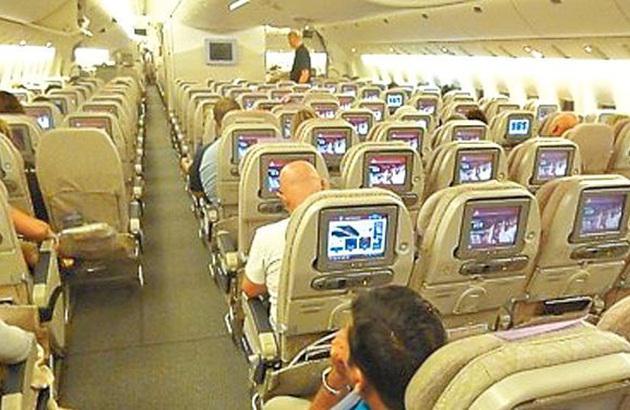 有航空公司在波音777客机经济舱每行装10个座位